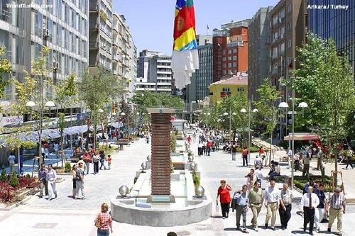 Ankara, il quartiere centrale di Kizilay.