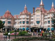 Disneyland Parigi, Eurodisney