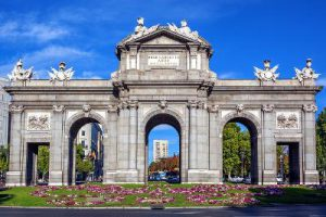 Puerta de Alcala, luogo simbolo di Madrid.