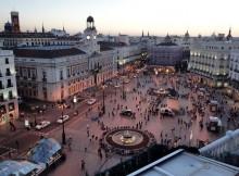 Una delle piazze principali di Madrid, Puerta del Sol.