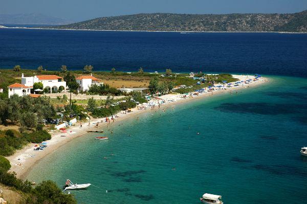Spiaggia di Agios Dimitrios sull'isola di Alonissos.