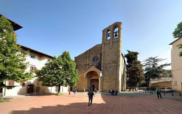 Arezzo, la chiesa di San Domenico tra le cose da vedere.
