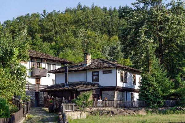 Architettura rurale di Bozhentsi.