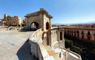 Cagliari, il bastione di Saint Remy.