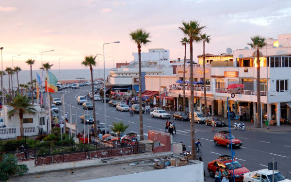 Vista sul viale La Corniche a Casablanca.