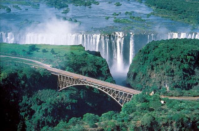 Cascate Vittoria fra Zambia e Zimbabwe.