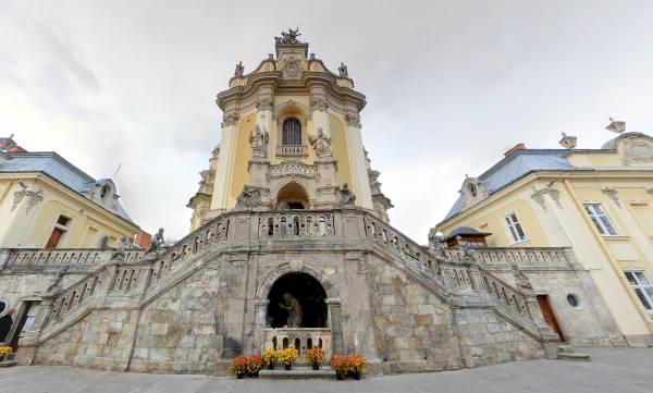 La cattedrale di San Giorgio a Leopoli, Ucraina.