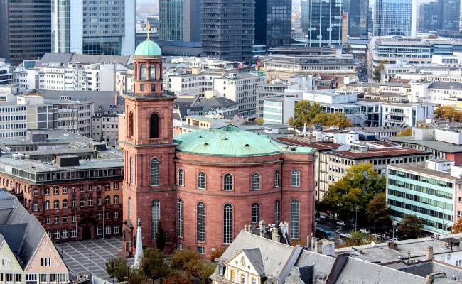 La Chiesa di San Paolo a Francoforte, la sede del primo parlamento tedesco eletto liberamente nel 1848.