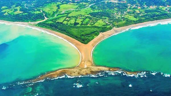 La spiaggia di Costa Ballena in Costa Rica.