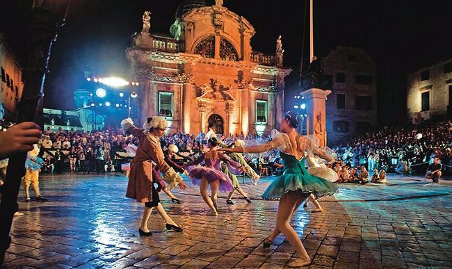 Festival estivo a Dubrovnik.