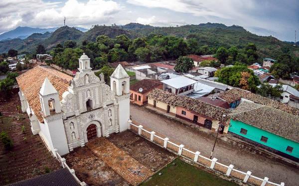 La bella città coloniale di Gracias in Honduras.