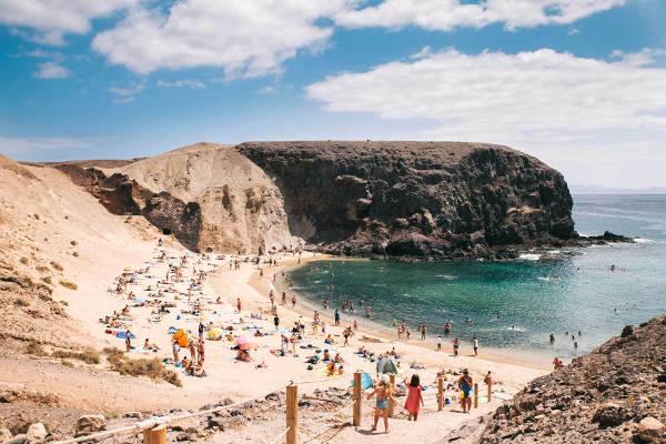 Fantastica spiaggia a Lanzarote, isole Canarie.