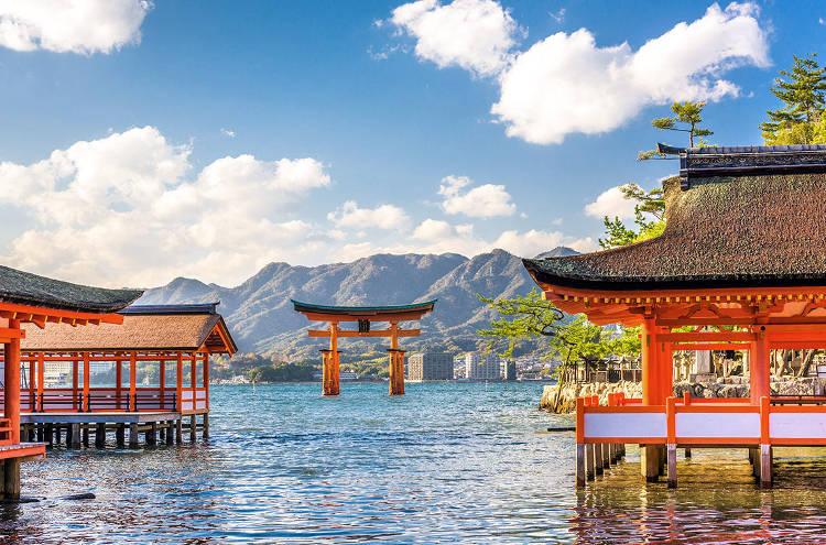 La porta Toorii a Miyajima, uno dei luoghi più belli da visitare in Giappone.