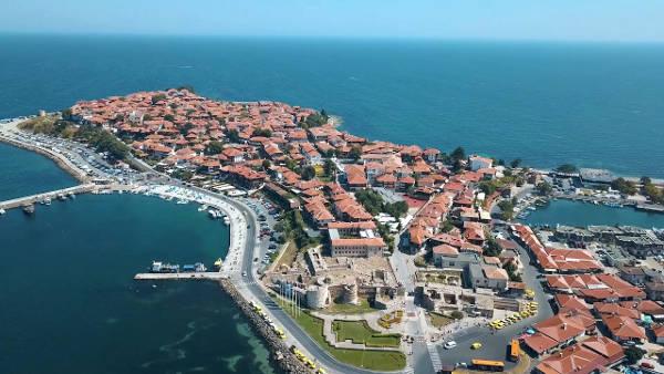Nesebar è una bellissima città sulla costa del Mar Nero in Bulgaria.