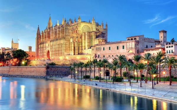 La splendida Palma di Maiorca, sull'isola spagnola di Maiorca.
