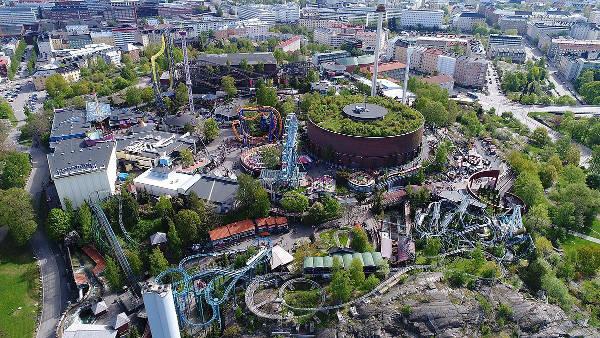 Il parco divertimenti Linnanmaki a Helsinki.