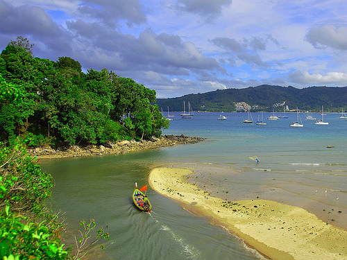 Phuket, spiaggia nel mar delle Andamane