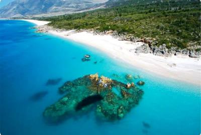 La bellissima riviera albanese un mare fantastico.