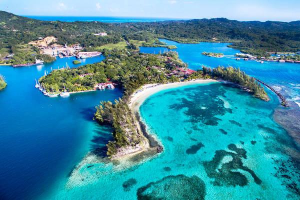 L'isola di Roatan in Honduras.