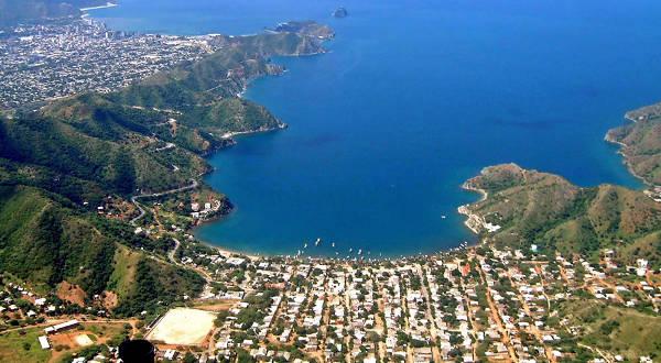 Panorama della costa di Santa Marta in Colombia.
