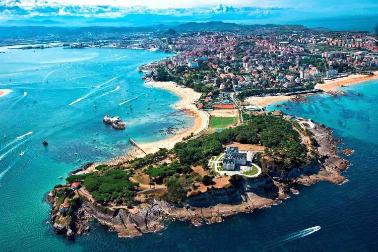 Santander, il capoluogo della Cantabria in Spagna.