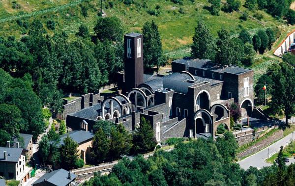 Il Santuario di Nostra Signora di Meritxell in Andorra.