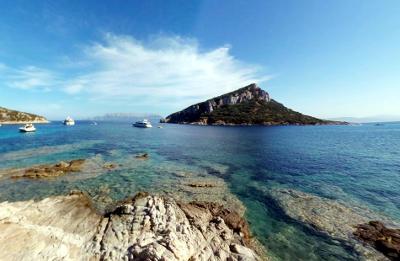 Spiaggia dei Baracconi, Golfo Aranci, in Sardegna.