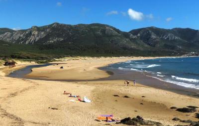 La spiaggia di Portixeddu in Sardegna sulla Costa Verde.
