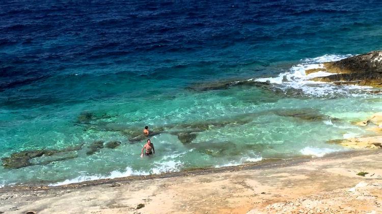 Spiaggia sull'isola di Proizd, vicino Korcula.