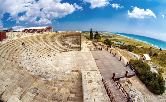 L'antico Teatro Romano nel sito archeologico di Kourion.